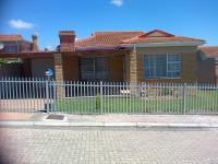 2 Bedroom 1 Bathroom House for Sale for sale in Mossel Bay