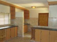 Kitchen - 16 square meters of property in Doringkruin