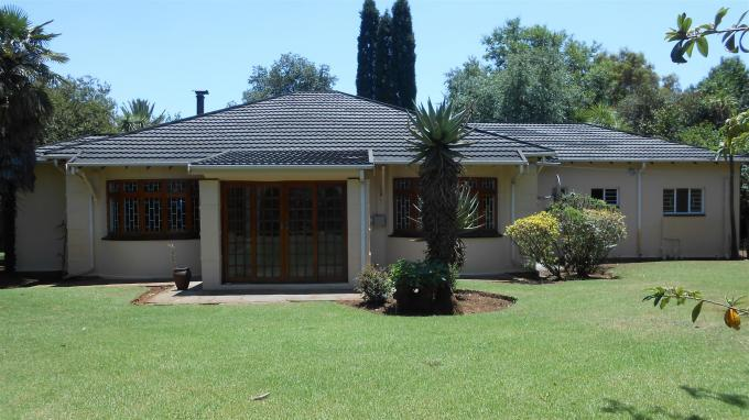 4 Bedroom House for Sale For Sale in Benoni - Home Sell - MR136998