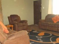 Lounges - 35 square meters of property in Emalahleni (Witbank)
