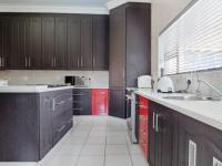 Kitchen - 24 square meters of property in Silverwoods Country Estate