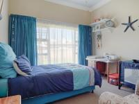 Bed Room 3 - 17 square meters of property in Silverwoods Country Estate