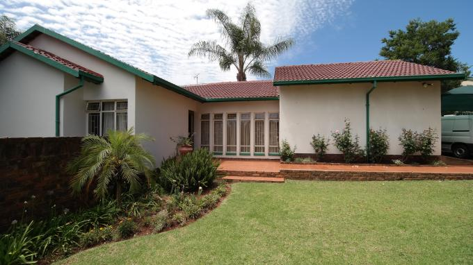Absa Bank Trust Property 4 Bedroom House For Sale in Garsfontein - MR137033