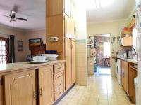 Kitchen - 24 square meters of property in Garsfontein