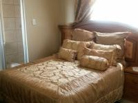 Main Bedroom - 19 square meters of property in Soshanguve