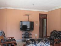 Lounges - 31 square meters of property in Vereeniging