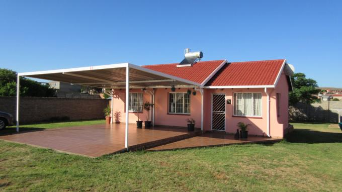 3 Bedroom House For Sale in Lenasia South - Private Sale - MR137161