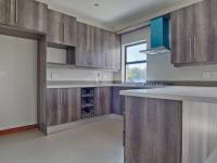 Kitchen - 11 square meters of property in The Meadows Estate