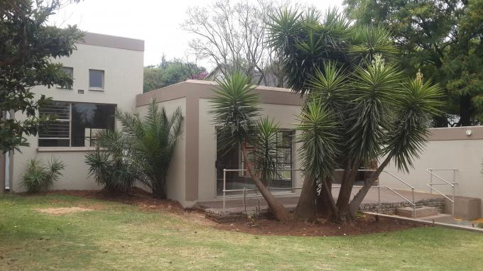 3 Bedroom House for Sale For Sale in Northcliff - Private Sale - MR137230