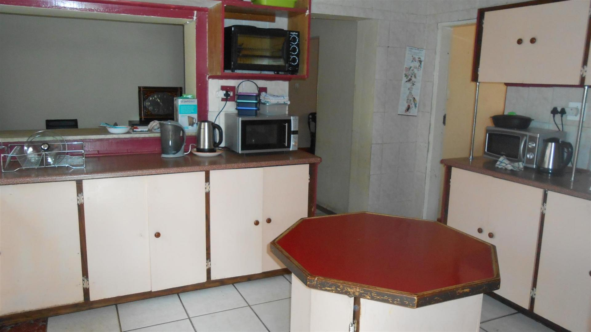 Kitchen - 34 square meters of property in Malvern