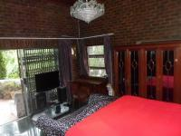 Main Bedroom of property in Westville