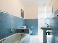 Bathroom 2 - 6 square meters of property in Waterkloof