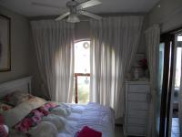 Main Bedroom - 18 square meters of property in Kingsburgh