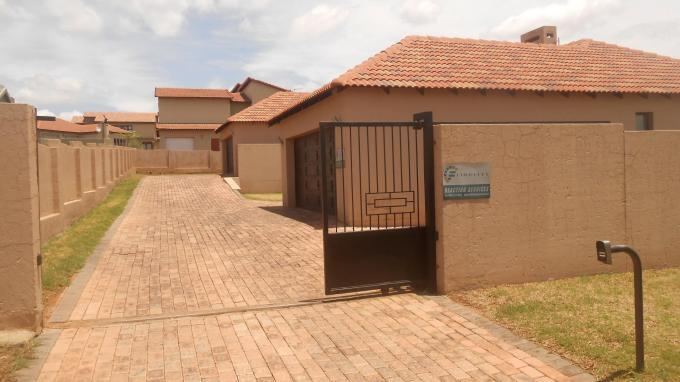 3 Bedroom House for Sale For Sale in Rua Vista - Private Sale - MR137300