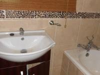 Bathroom 1 - 9 square meters of property in Bronkhorstspruit