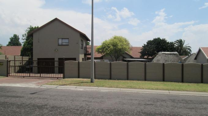 5 Bedroom House for Sale For Sale in Alberton - Private Sale - MR137334