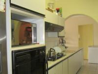 Kitchen - 21 square meters of property in Alberton
