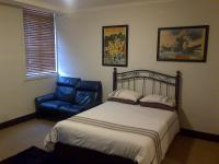 Main Bedroom - 10 square meters of property in Cape Town Centre