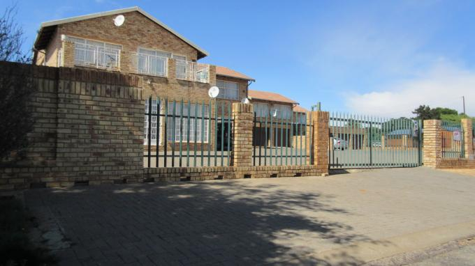 Standard Bank EasySell 2 Bedroom Sectional Title for Sale in Krugersdorp - MR137447