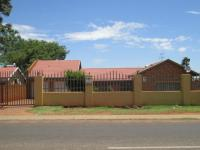3 Bedroom Flat/Apartment for Sale for sale in Lenasia South