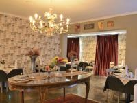 Dining Room of property in Waterkloof
