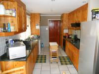 Kitchen - 13 square meters of property in Crestholme