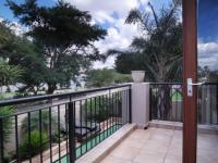 Balcony - 24 square meters of property in Willow Acres Estate