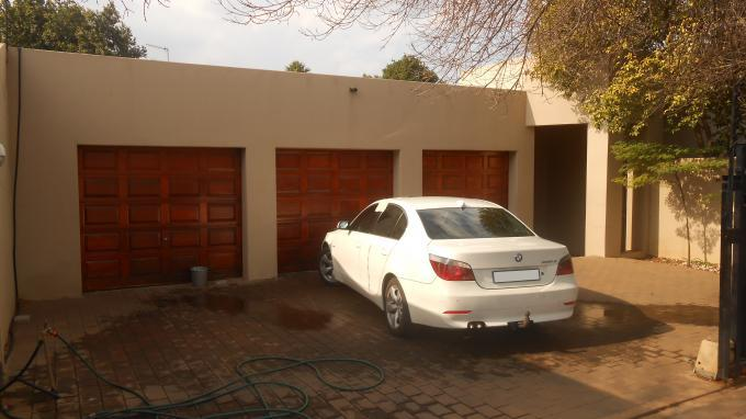 Standard Bank EasySell 3 Bedroom Cluster for Sale For Sale in Garsfontein - MR137539