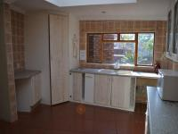 Kitchen - 27 square meters of property in Garsfontein