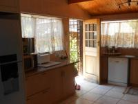 Kitchen - 23 square meters of property in Sunward park