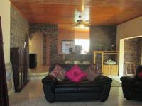 Lounges - 82 square meters of property in Sunward park