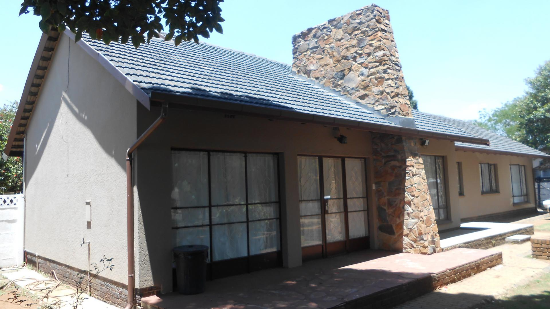 Front View of property in Strubenvale