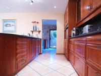 Kitchen - 19 square meters of property in Woodhill Golf Estate