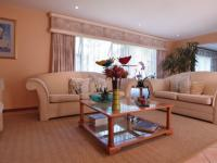 Lounges - 41 square meters of property in Woodhill Golf Estate