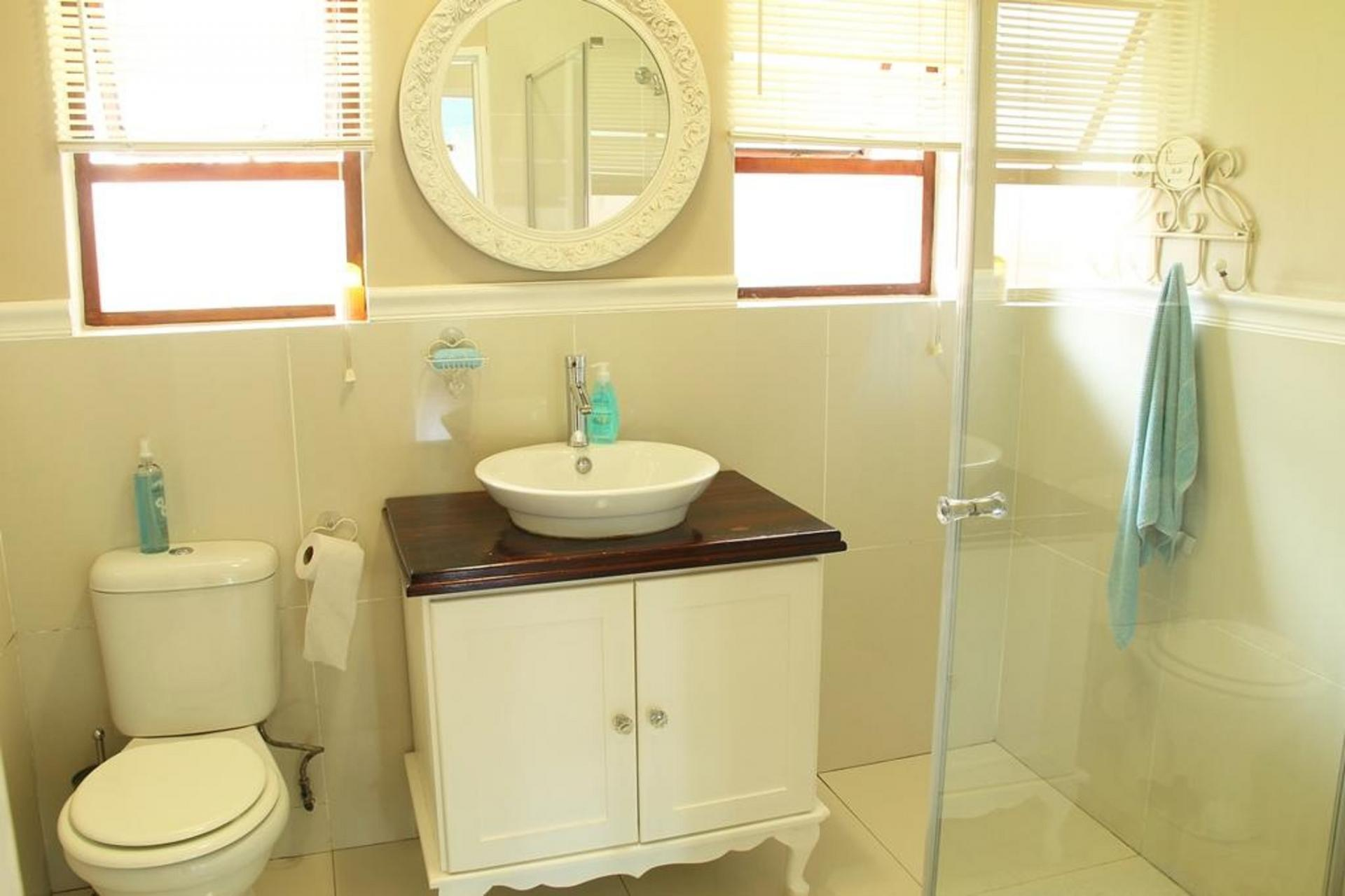 Bathroom 1   4 Square Meters Of Property In Hillcrest   KZN
