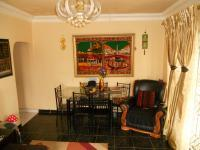 Lounges - 26 square meters of property in Merebank East
