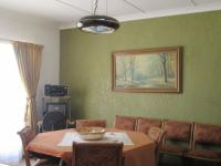 Dining Room - 13 square meters of property in Vereeniging