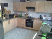 Kitchen - 16 square meters of property in Vanderbijlpark C.E. 4