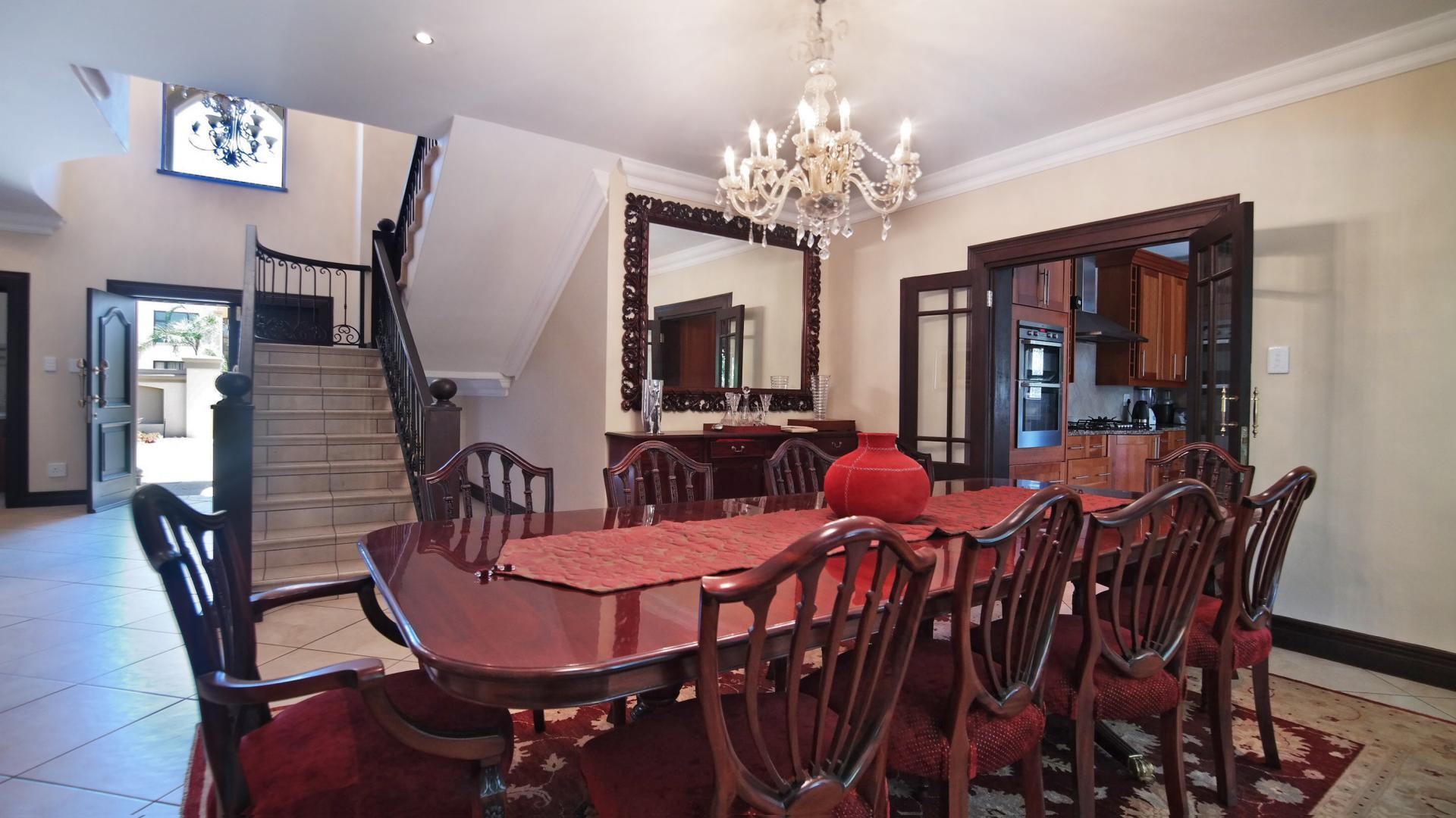 Dining Room - 28 square meters of property in The Wilds Estate
