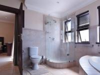 Bathroom 3+ - 12 square meters of property in The Wilds Estate