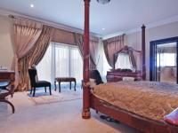 Main Bedroom - 42 square meters of property in The Wilds Estate