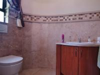 Guest Toilet - 4 square meters of property in The Wilds Estate