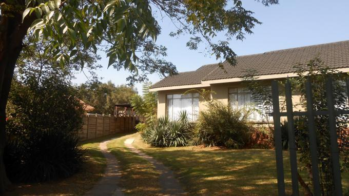 3 Bedroom House for Sale For Sale in Die Heuwel - Private Sale - MR137814