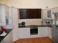 Kitchen - 22 square meters of property in Umtentweni