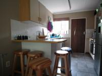 Kitchen - 9 square meters of property in Die Wilgers