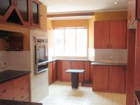 Kitchen - 27 square meters of property in Wendywood