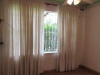 Bed Room 2 - 15 square meters of property in Wendywood