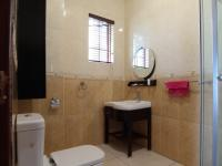 Bathroom 1 - 6 square meters of property in Midstream Estate