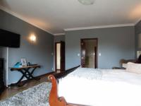 Main Bedroom - 39 square meters of property in Midstream Estate