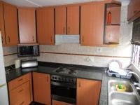 Kitchen - 10 square meters of property in Caneside